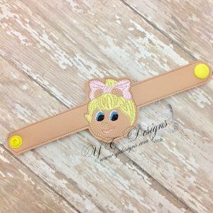 YTD Moppy Pal Piggie Head Wristlet
